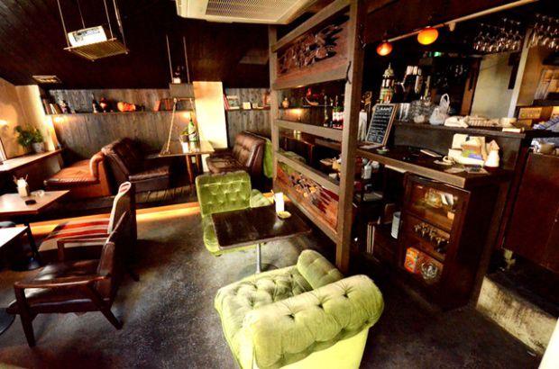 cafe_attic