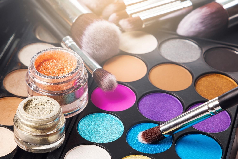 NYX-推薦超人氣彩妝品牌,幫你打造精緻妝容