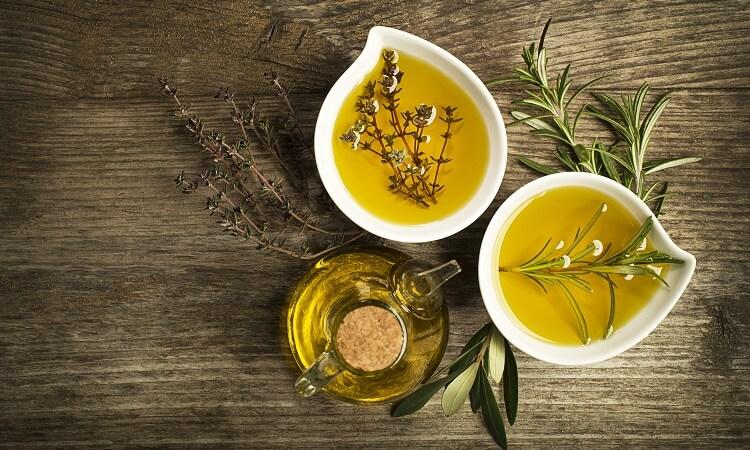卸妝油的基底油種和選擇方法介紹