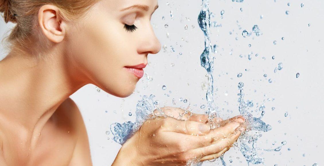 卸妝油的關鍵在於乳化!不對肌膚造成負擔的正確使用方法